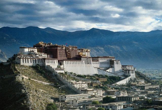 Tibet: Buckets Lists, Dalai Lama, Castles, Lhasa Tibet, Travel, Places, Potala Palaces, Dreams Destinations, China
