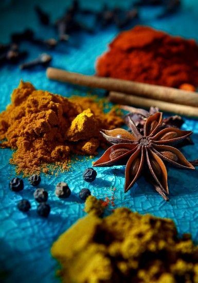 Star Anise- can you name the others? by http://redboxpictures.com/commercial/gallery/food-and-restaurant-photography/