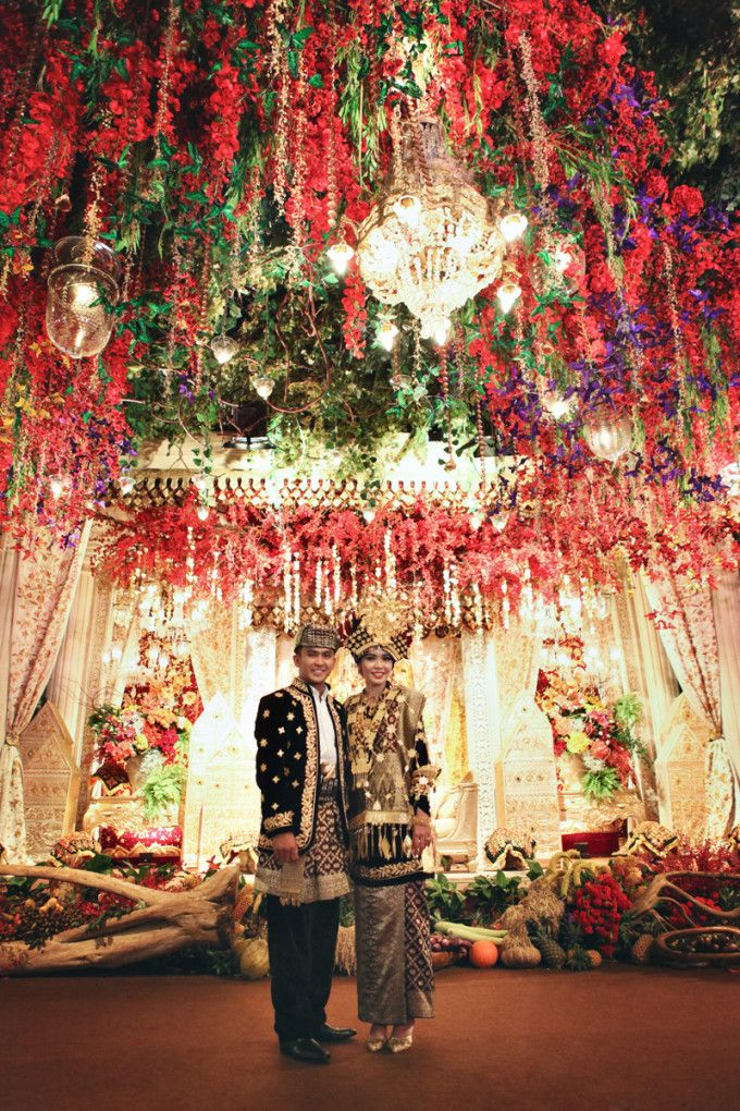 This Glamorous Traditional Wedding Will Leave You In Awe - 019