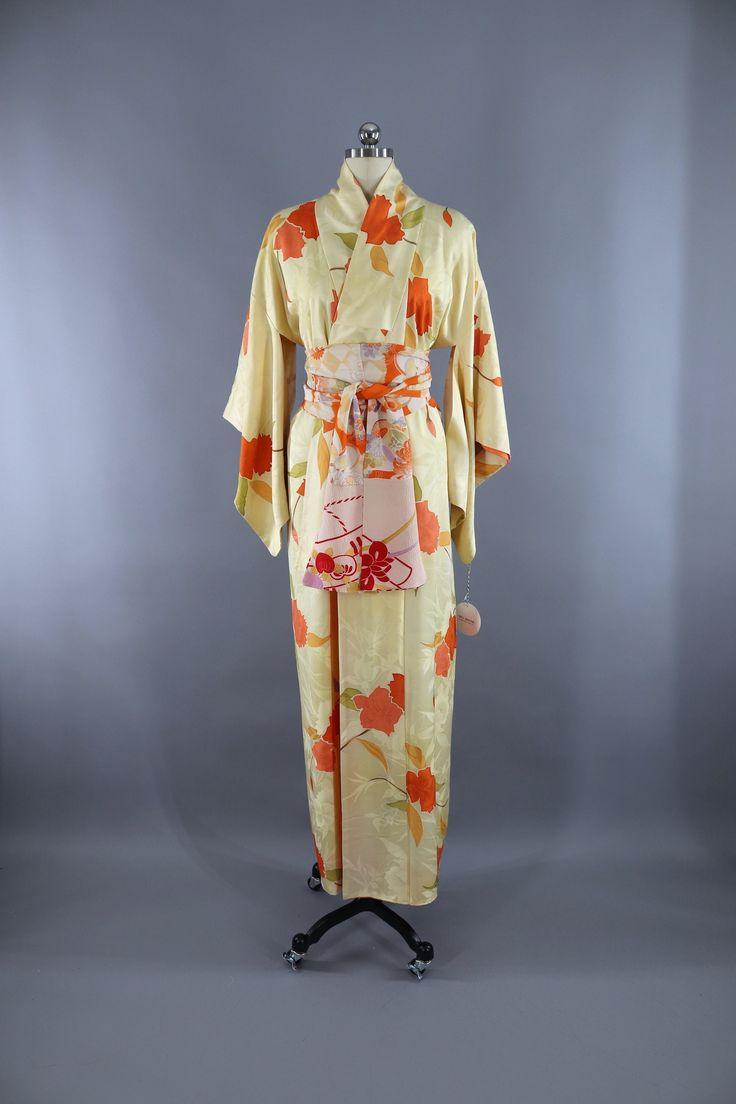 Vintage 1960s Silk Kimono Robe / Pastel Yellow Orange Floral Print  #vintage #shopvintage