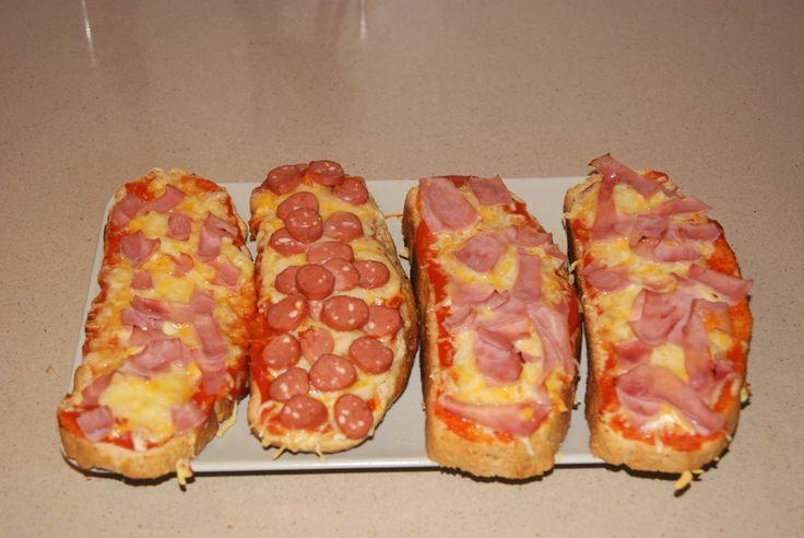 Menú de supervivencia nº 24: Hoy cenamos pizza!!!... y no tenemos ni masa ni harina ni ná de ná...