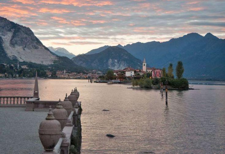 """Ιταλία: Λίμνη Ματζόρε - """"Αποχαιρετισμός στα όπλα"""" του Έρνεστ Χέμινγουεϊ"""