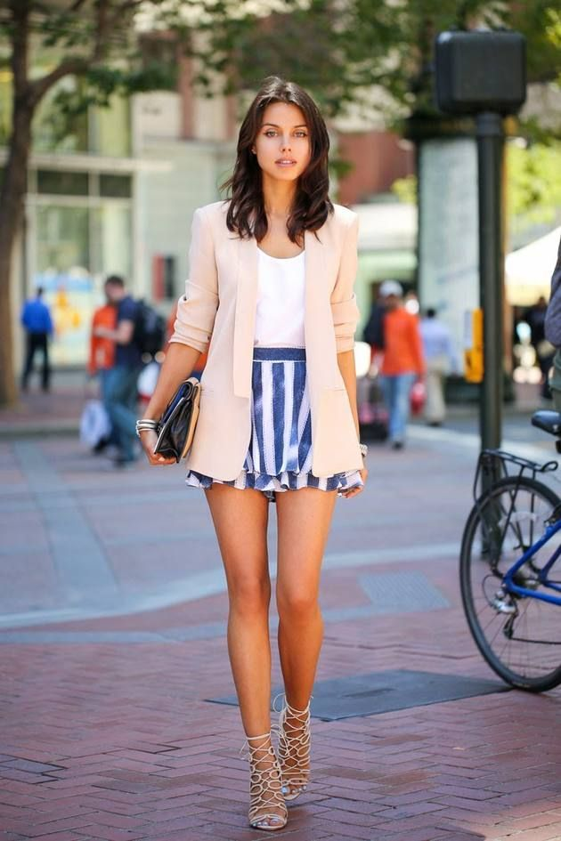 Love this overall look. | Date Night Style