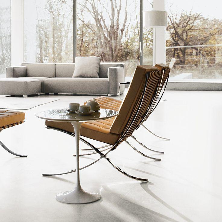 De Barcelona Chair is alleen leverbaar met een lederen bekleding. Men kan kiezen uit 'volo leder' of 'sabrina leder'.  Deze prachtige leersoorten zijn in zwart, wit en een aantal natuurtinten te verkrijgen. Prijzen van de Barcelona Chair beginnen bij € 5200