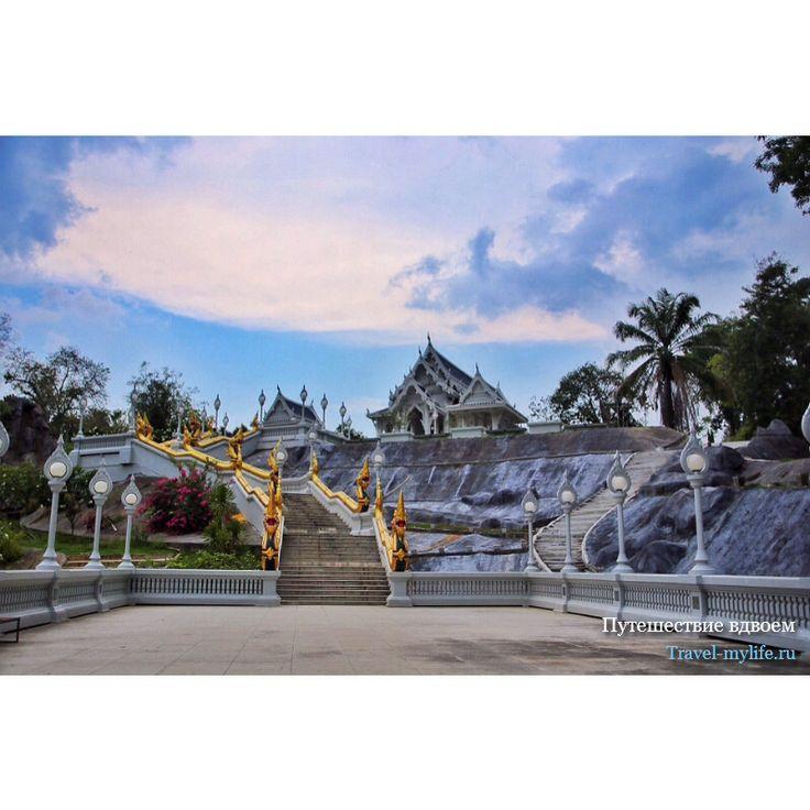 Храм в Краби Таиланд