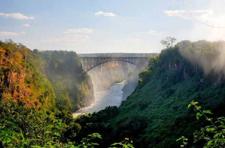 #ViaggiInTreno: valgono la pena se vuoi conoscere il mondo! http://www.skyscanner.it/notizie/i-10-viaggi-in-treno-piu-belli-del-mondo?utm_id=56b8c9c6f789b8303f8b4573&AssociateID=SOC_FCB_00640_00015