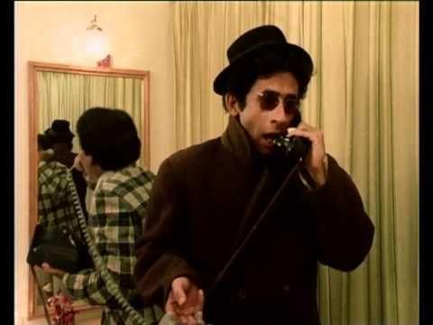 Hilarious Scene of Jaane Bhi Do Yaaron with Naseeruddin Shah & Satish Kaushik