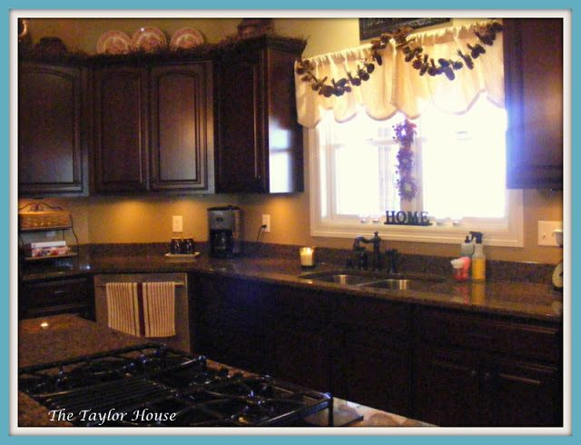 How To Organize Your Kitchen Countertops Part - 16: Organizing Kitchen Counters