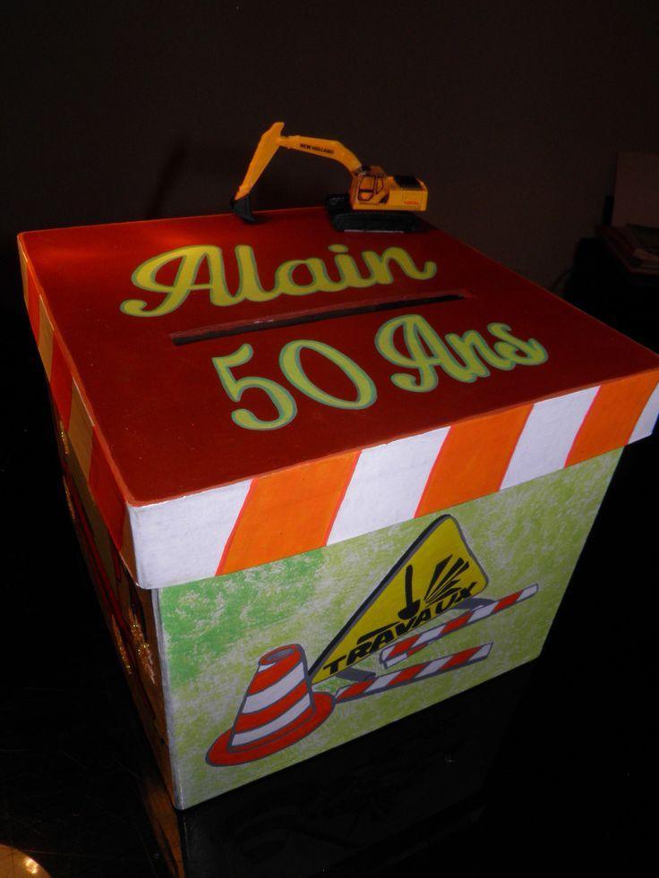 """Urne anniversaire personnalisée thème: """"engins de chantier"""" (urne taille petite) : Boîtes, coffrets par pimprenelle-coccinelle-creations"""