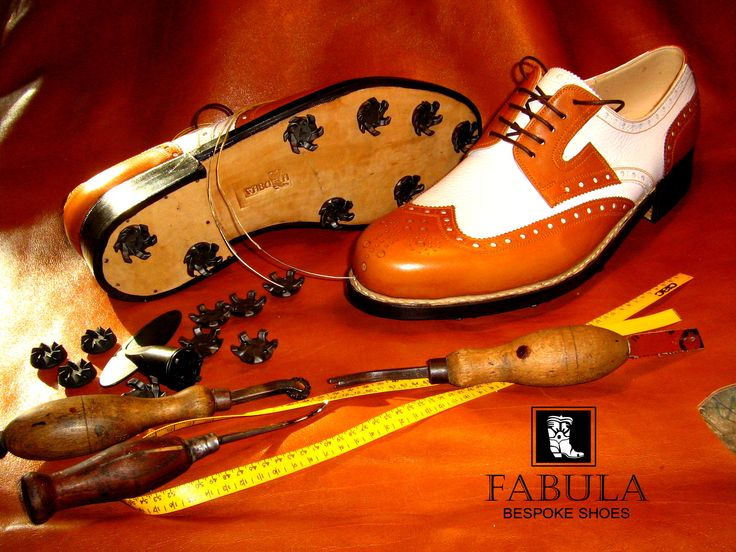 Exclusive leather golf shoes. -Fabula Bespoke Shoes- Follow us on Facebook and Instagram!