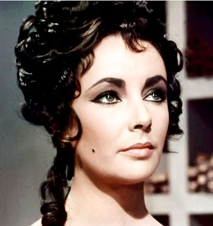 "27 Likes, 3 Comments - Dame Elizabeth Rosemond Taylor (@_dameelizabethtaylor) on Instagram: ""Elizabeth for ""Cleopatra"" (1963). Elizabeth did her own makeup for this film (using Alberto di…"""