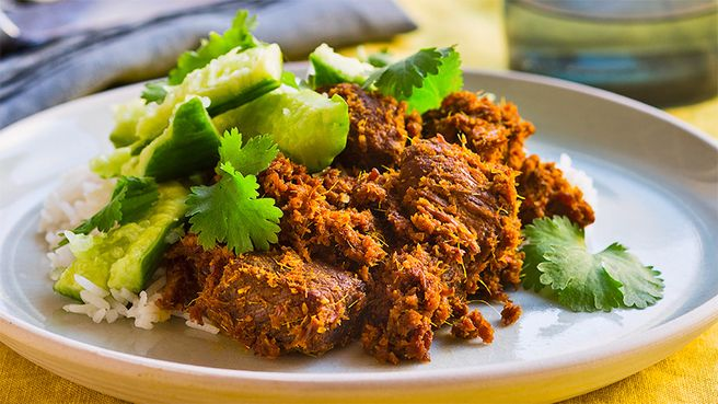 Beef rendang: Fragrant and spicy, with cucumber to cool things off – hot dang you'll love this lip-smacking beauty!
