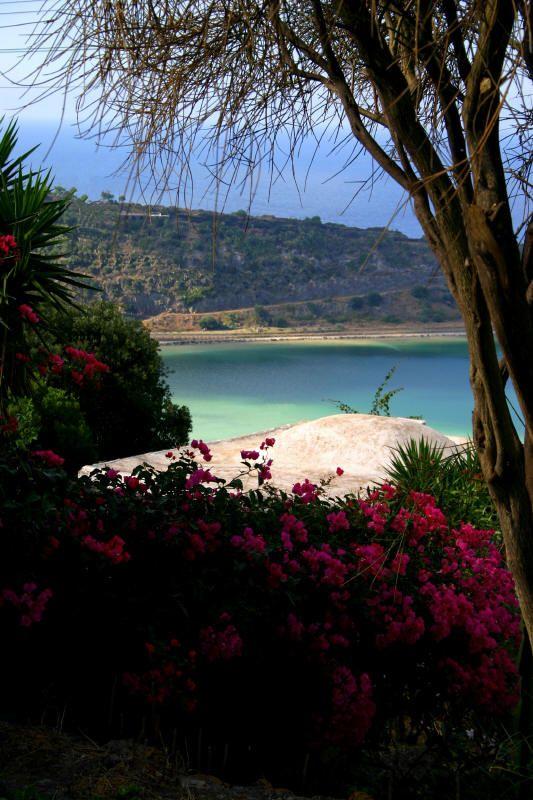 """Pantelleria and nature """"Lake of Venus"""" - Pantelleria e la natura """"Lago di Venere"""""""