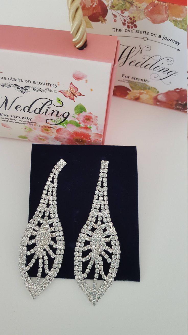 WEDDING ACCESSORY EARRINGS