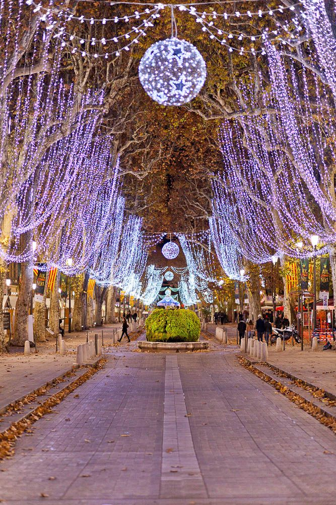 Cours Mirabeau, Aix en Provence | by Look me Luck Photography