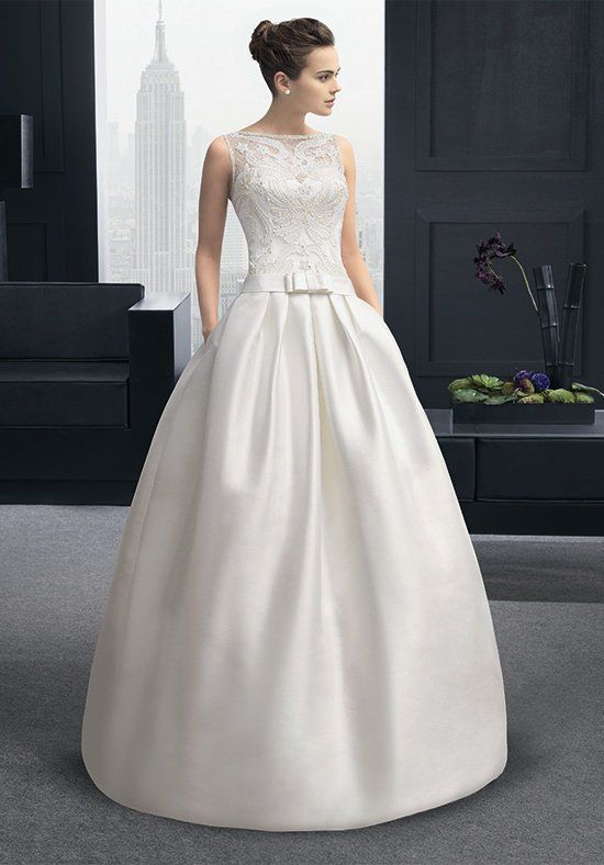 Two by Rosa Clará RINA Wedding Dress - The Knot