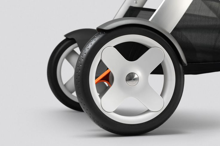 up-close view of the Stokke Crusi durable, shock-absorbing rear wheels –this stroller pushes like a dream !