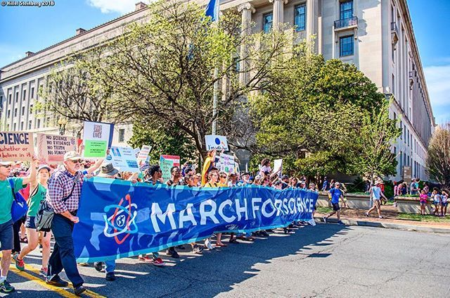 Little Miss Flint Amariyanna Mari Copeny Leads The March From The Science Rally Stage To The Capitol April 14th 2018 March For Science Flint Michigan Scenes