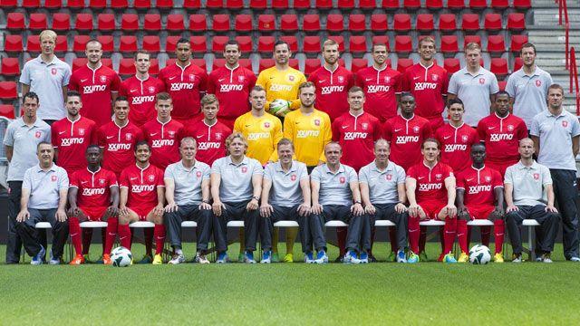 Daftar pemain serta skuad lengkap FC Twente di musim 2016/2017. Tim utama FC Twente yang musim ini ingin mengembalikan reputasinya di Eredivisie Liga Belanda, setelah sempat tercoreng akibat masala…