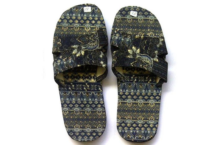 Batik slippers sandals