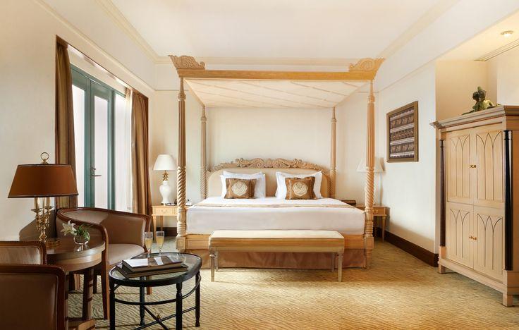 Presidential Suite - Main Bedroom