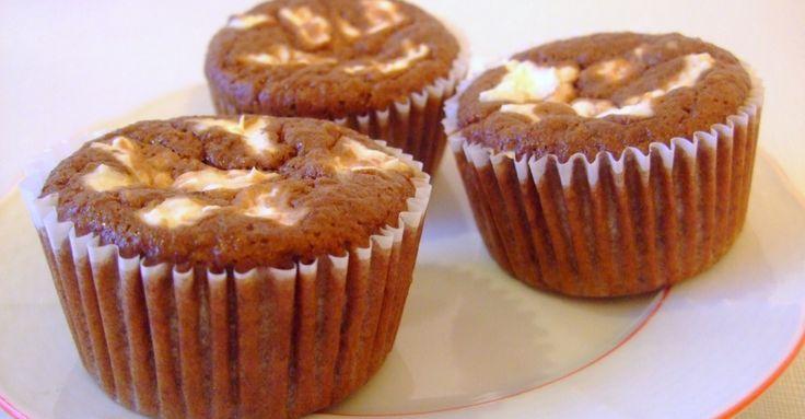 Recept na Míša muffiny z kategorie snadno a rychle, fitness, pro začátečníky, vegetariánské: Čokoládová část  100 g rýžové mouky, 1 balíček prášku do...