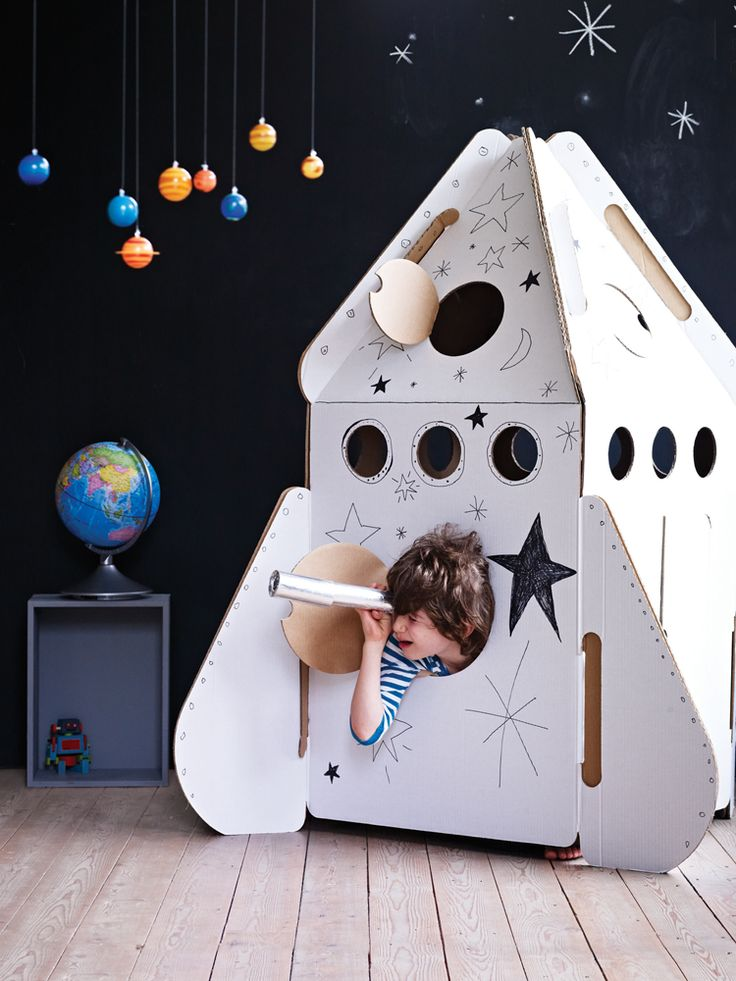 AWESOME #DIY cardboard rocket ship! maybe make out of wood
