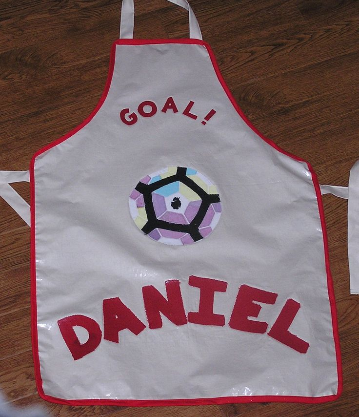 Apron for my son who is mad about football and wanted the 2016/2017 premier league football on the front!!