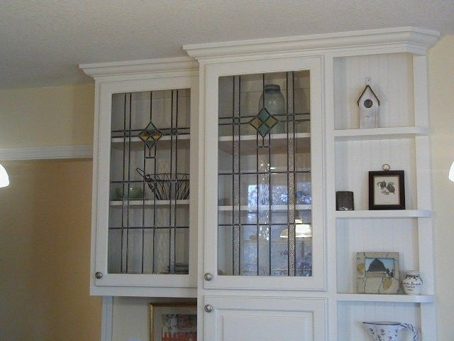 25 best ideas about leaded glass cabinets on pinterest for Beveled glass kitchen cabinets