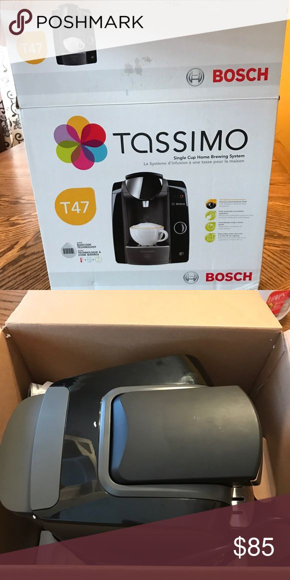 Tassimo coffee maker New in box but box has been opened Other