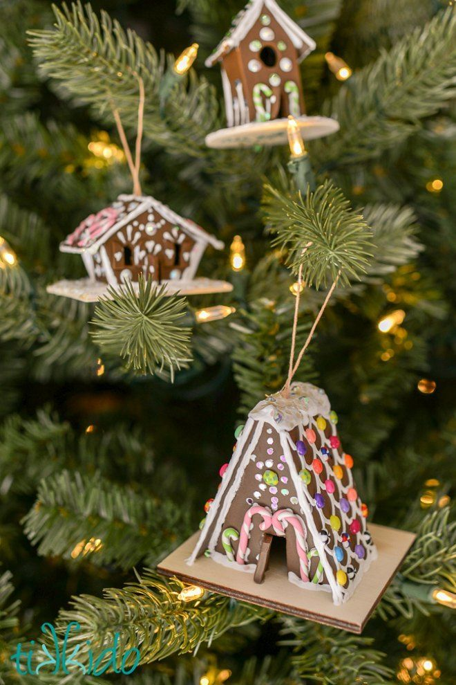 Gingerbread house christmas tree ornament - 13 Of The Best Easy Christmas Tree Decorations Christmas Orniments