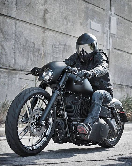 Harley Street Bob Biker Harley Dyna Bobber Motorcycle