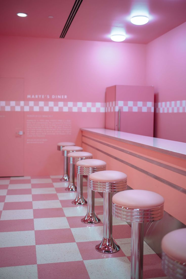 The Museum of Ice Cream San Francisco - The Taste SF- cream francisco Ice mus .The Museum of Ice Cream San Francisco - The Taste SF- cream francisco Ice museum San tastedesign down Aesthetic Roses, Aesthetic Colors, Aesthetic Collage, Retro Aesthetic, Aesthetic Shop, Aesthetic Bedroom, Couleur Rose Pastel, Pastel Pink, The Pink