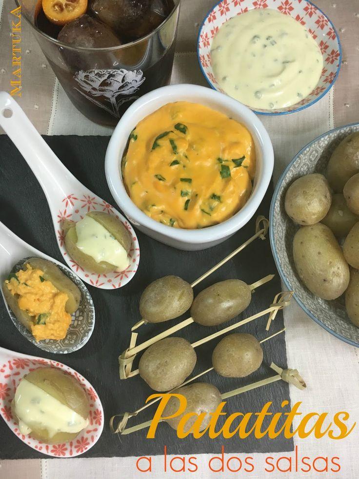 Patatitas Con Dos Salsas: Mayonesa De Cebollino Y Cheddar Con Espinacas No sabía qué hacer con éstos magníficos ejemplares mini de patatas. No quería usarlas de guarnición para así darles el protagonismo que...