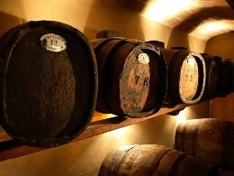 VISIT GREECE| Typical containers for aging Santorinian vinsanto wine!