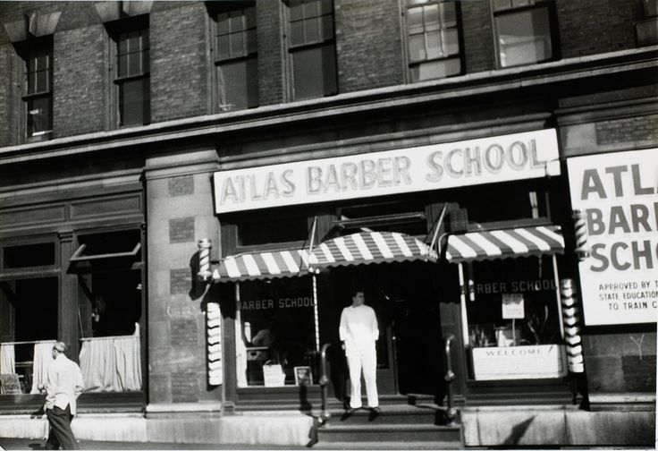 Walker Evans, Atlas Barber School, 3rd Avenue, New York c. 1950; The Metroplitan Museum of Art