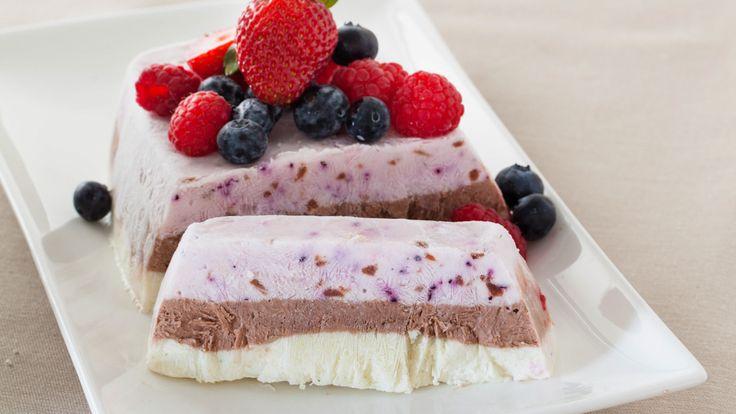 Frozen Yogurt Layer Cake