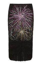 Черная шелковая юбка с пайетками из коллекции российского бренда Daria Bardeeva. К юбке стоит подобрать объемный свитер или топ из идентичного материала. Данная модель станет отличным вариантом для вечернего коктейля.