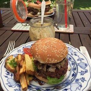 Summer Yogi Burger #siluetyogawear #madewithloveforyou