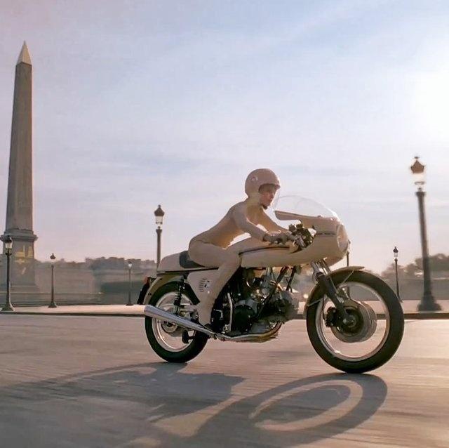 Ducati 750SS in Paris