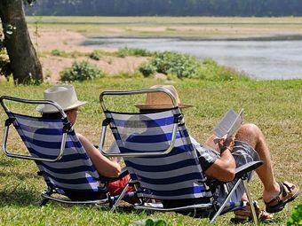 Camping du Port Caroline à Brain sur l'Authion en Val de Loire - Brain sur l'Authion #campsite #loirevalley