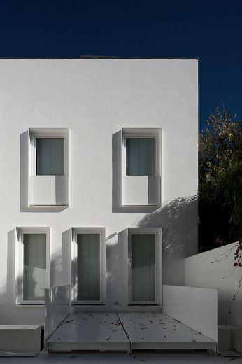 House at Janelas Verdes in Portugal, 2008 | Pedro Domingos Arquitectos