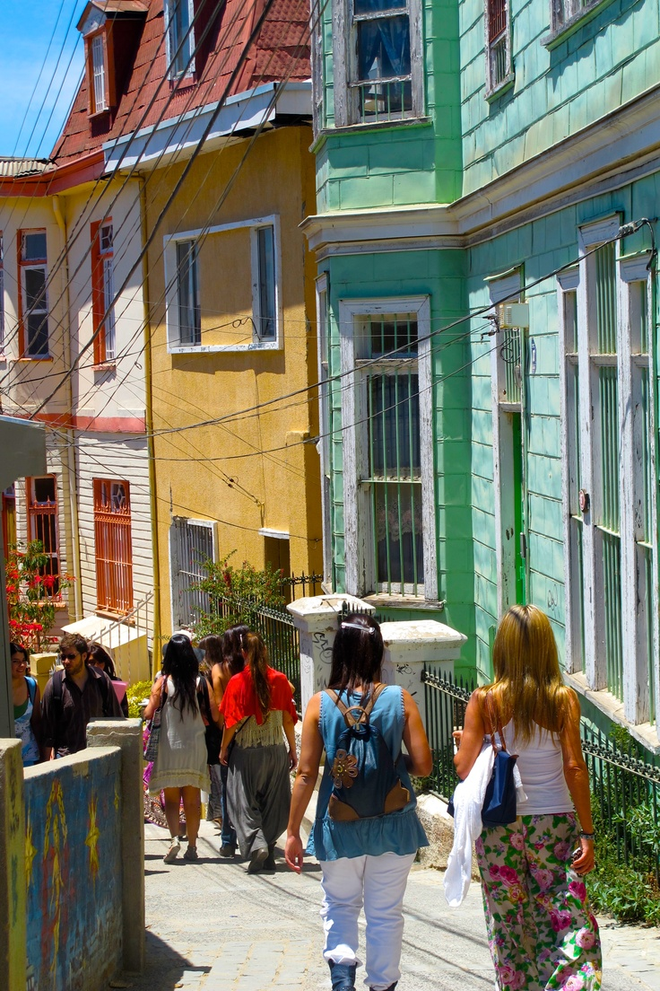 Valparaiso Unico tour temático de Chile - City tour and untypical trips Contactanos / contact us: info@minitrole.cl - +56 9 61531044 / +56 9 66293672 fanpage: https://www.facebook.com/MiniTrole.Turismo twitter:@MiniTrole_tours