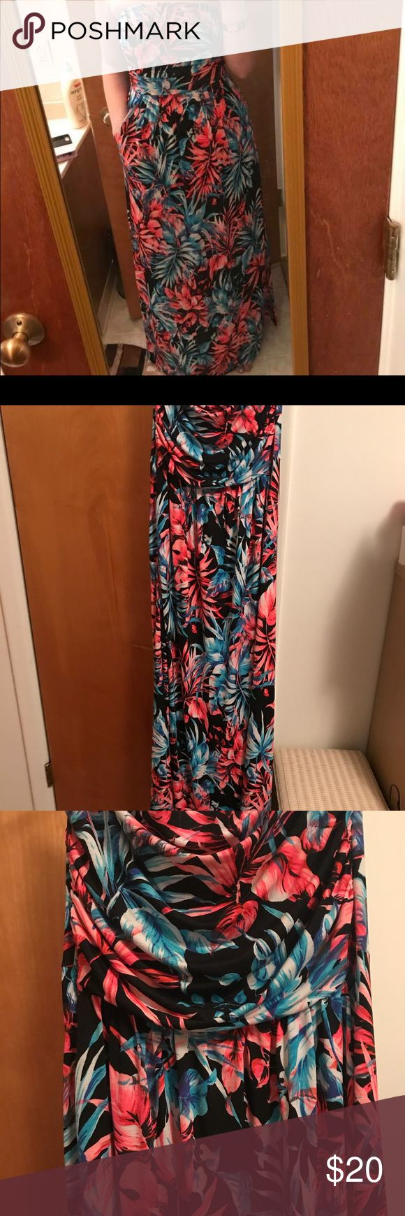 Filly Flair Pink Floral Strapless Dress Sz Medium Adorable strapless dress! Stays up very well and only worn once! So cute and in perfect condition! 💖💖💖  When you buy 3 or more items you will receive a free surprise! 💖💖💖 Filly Flair Dresses Maxi