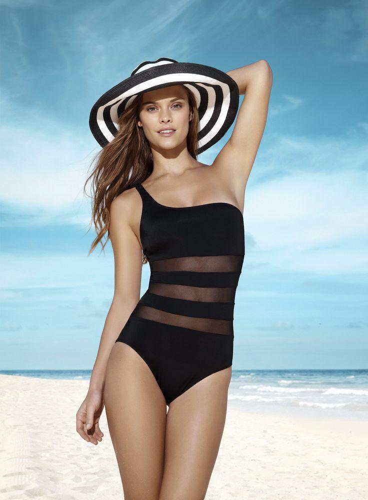 """""""Penti 2013 Plaj Koleksiyonu"""" tamamı mix mottolu tasarımlarıyla bu yaz özgür ruhlar ve özgün stilleri kucaklıyor. Alt üst beden ölçülerinin farklılığı düşünülerek kadınlara seçim özgürlüğü tanıyan Penti, tüm modeller ve kombinler için yaratıcılık ve özgürlük vaad ediyor!"""