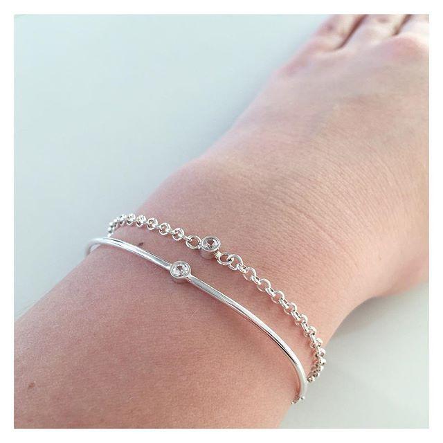 Yhdessä... #silver #sapphire #bracelets #finnishdesign #handmadeinpori #handmadejewelry #oonaarmiajewelry