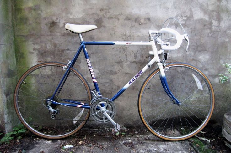 Raleigh Winner racing bike, I had one of these as a kid and loved it!