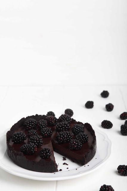 sabrinasue keep calm and party with blackberry oreo chocolate tart