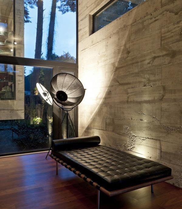 Lámpara de pie Fortuny de Pallucco. Iluminación de diseño singular de firmas de reconocido prestigio de venta en la la tienda Sánchez Plá en Paterna, Valencia http://www.sanchezpla.es/lampara-fortuny-palluco-iluminacion-diseno-valencia/