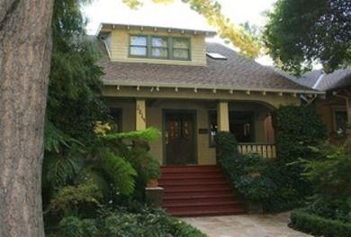 Bob Vila's Guide to Historic Paint Colors: Craftsman House, Art Crafts, Craftsman Home, Front Yard, Exterior Color, Paintings Color, Sacramento Bungalows, Bobs Vila, Craftsman Bungalows